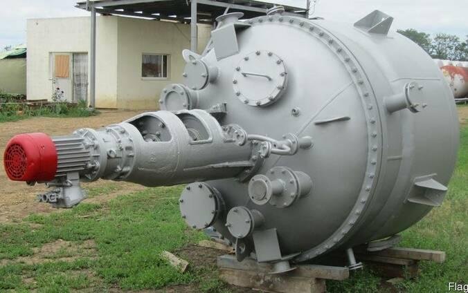 Рактор из нержавеющей стали 2м3. 3.2м3. в Прибалтике