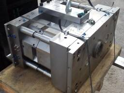 Пресс-форма для производства 1-литровых вёдер