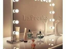 Зеркало для визажиста с подсветкой на подставке 900х700